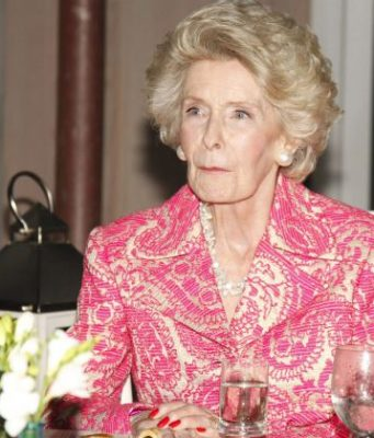 Dina Merrill Top 10 Richest Hollywood Actress in The World 2017