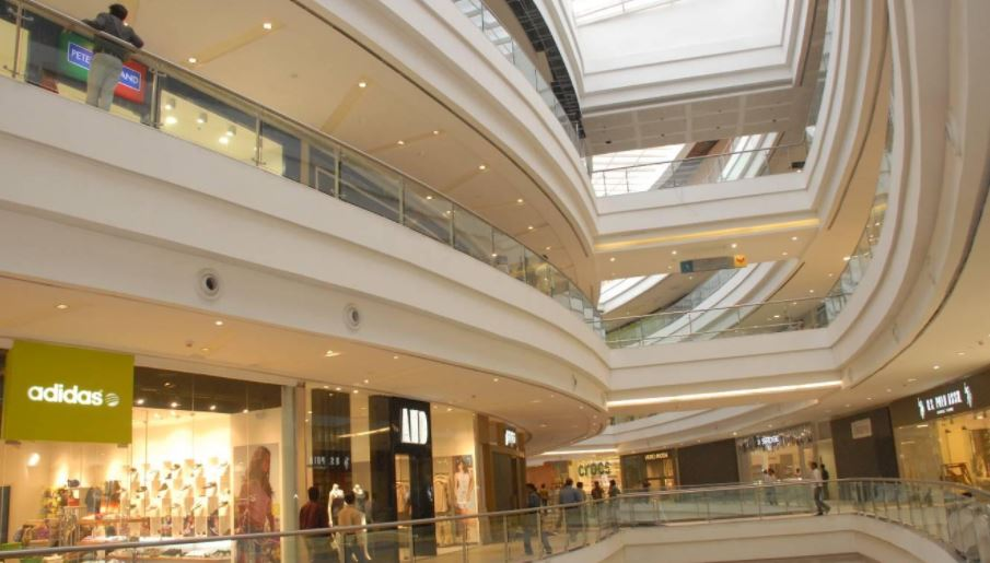 PHOENIX MARKET CITY, PUNE Top Popular Shopping Malls in India 2018