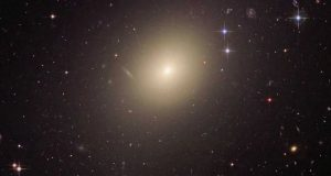 IC 1101 Top Most Popular Biggest-Largest Galaxies Right Now 2018