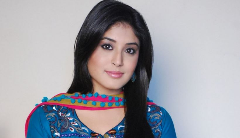 KRITIKA KAMRA Top Most Famous Hottest Indian TV Actresses 2018