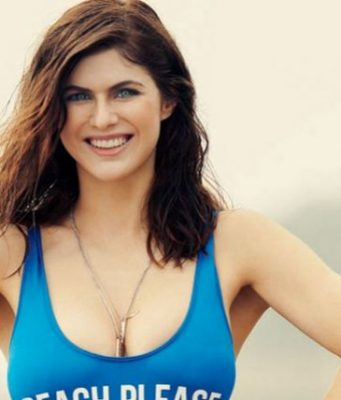 Alexandra Daddario Top 10 Most Beautiful Hollywood Actresses 2017