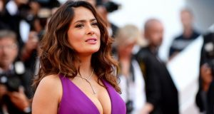 Salma Hayek Top 10 Most Beautiful and Hottest Female Celebrities of Mexico 2017